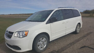 Reduced! 2012 Dodge Grand Caravan SE Minivan, Van