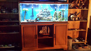 65 gallon woodgrain quarium