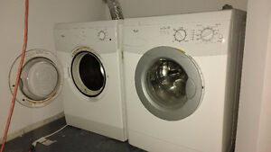 "Washer/Dryer - 24"" - Whirlpool"