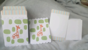46 Giraffe Print your own invites/thank you cards
