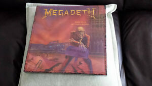 MEGADETH PEACE SELLS WHOS BUYING DELUXE VINYL CD BOX !