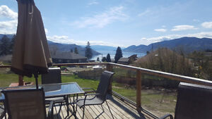 4 Rooms for rent immediatly in Peachland. Lakeviews 1acre lot