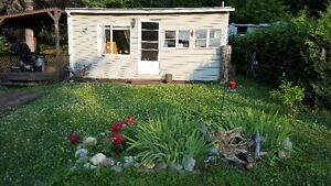 Cute and homey cottage for sale in Gatineau Hills