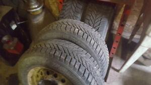 pneus hiver 205-65r15
