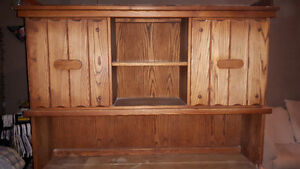 Beautiful hutch for sale!! London Ontario image 3