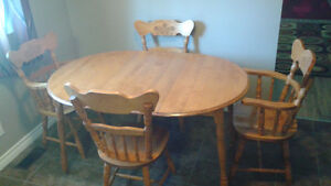 Dining Room Table and four chairs Peterborough Peterborough Area image 1