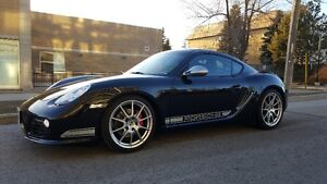 2012 Porsche Cayman R Coupe (2 door)