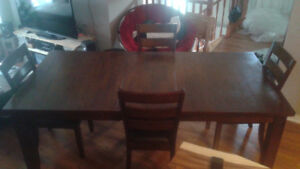 Dinning table set 5 pieces