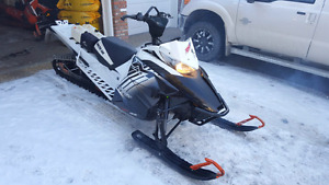 2014 arctic cat m8000 limited