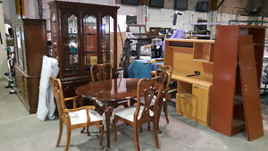 HOUSEWARES FURNITURE Carol's Auction Thurs May 25th 6 PM