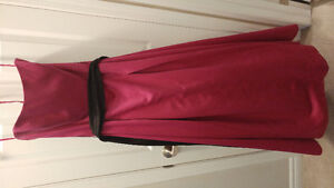 EUC Like new women's size 12 dress gown prom bridesmaid formal
