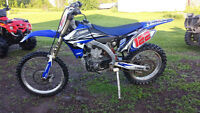 Yamaha YZ450F 2011 fuel injection yz 450 f
