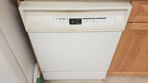 White Maytag dishwasher