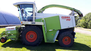 2001 Claas 840 3180 engine hours RU600 8 row corn header PU 300