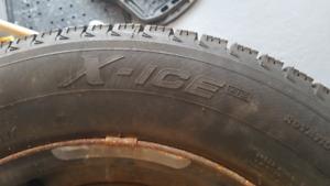 Pneus d'hiver Michelin X-Ice 215/60R16