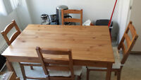 Dinning table/ Table a manger