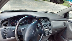 2000 Honda Odyssey EX Minivan, Van