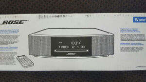*NEW * BOSE Wave Music System IV $450.00