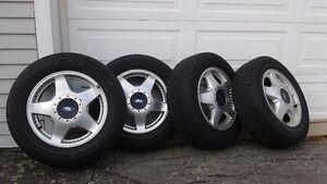 4 pneus 4 saisons Toyo