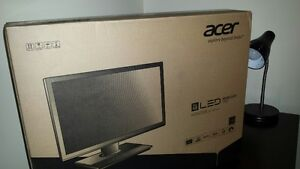 """24 """" with warrenty new in box , wide screen ,"""