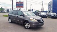 Toyota Sienna CE 8 PASSAGERS / DÉMAREUR 2004