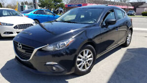 2015 Mazda 3 Hatchback (One Owner Vehicle)