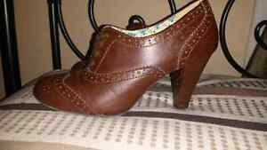 Brown size 8.5 heels Kitchener / Waterloo Kitchener Area image 2