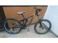 kona operator 2012 - high spec downhill bike