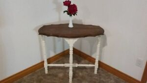 For Sale : Table