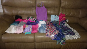 Girls lot of name brand clothes