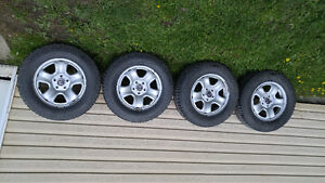 4 pneus winter force et roues honda
