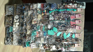 JEWELLELRY MAKING SUPPLIES, QUALITY GLASS BEADS, CHARMS, SILVER