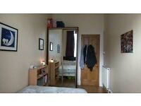 Central double bedroom flatshare in spacious 2bed