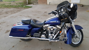 06 Harley Street Glide sell or trade