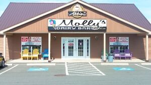 Molly's Dairy Bar & Abbie's Cafe