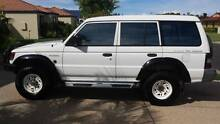 Mitsubishi Pajero 4WD Manual Wagon + Backpacker travel gear Brisbane City Brisbane North West Preview