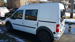 2012 Ford Transit Connect XLT Minivan, Van *VERY LOW KM*