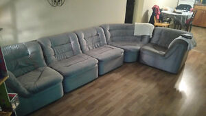 5 peace section couch for sale