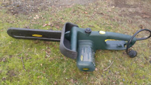Yardworks Electric Chainsaw, 14-in