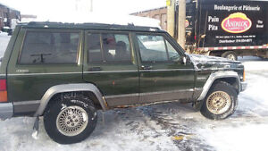 1995 Jeep 4.0L great condition, low price