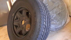 Winter tires & rims- Michelin xi2 on rims and TPM, GMC, CHEVY Kitchener / Waterloo Kitchener Area image 2