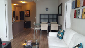August: Furnished Downtown 3 Bedroom @ Union & harbour