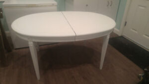 Rustic Dining room table, white