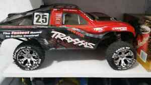 4wd Traxxas with lots of upgrades and spare parts  Regina Regina Area image 1