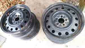 17x6.5 winter rims off of 2013 jeep compass Regina Regina Area image 2