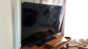 Samsung 58 inch Led smart tv 1080 HD for 550$