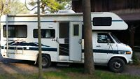 Chevy motor home fully loaded in great condition
