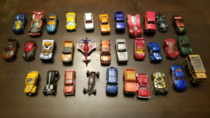 Hot Wheels  (32 Cars)