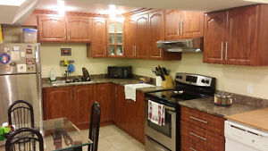 Immaculate Spacious 2 bedroom Apt, Washer, Dryer, Fridge, Stove