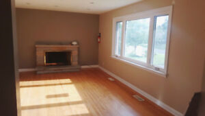 3+2 Bedroom Bungalow, Separate Entrance Basement in North Oshawa